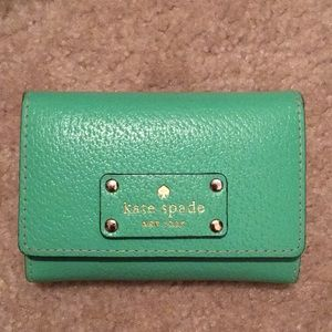 Authentic Kate Spade green wallet, EUC